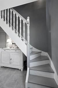 Escalier Bois Blanc : une agr able maison tage de 120m2 constructeur de maisons m tre carr agen bordeaux et toulouse ~ Melissatoandfro.com Idées de Décoration