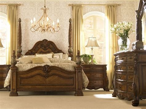 bedroom furniture villa clare king poster bed havertys