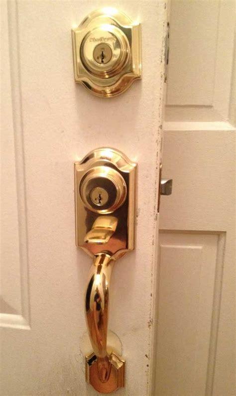 front door handleset kwikset locked handleset