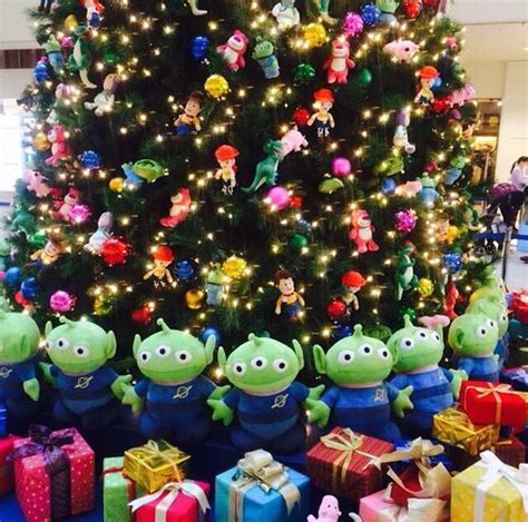 toy story christmas treeso cute  absolutely love