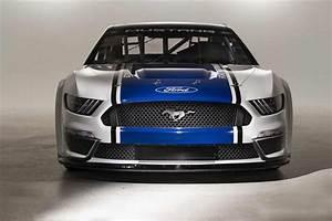 Ford Mustang NASCAR Cup Series car unveiled, debut at 2019 Daytona 500
