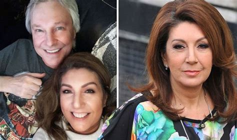 Jane McDonald inundated with support as she posts ...