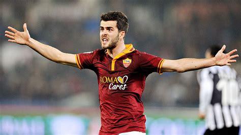 Miralem Pjanic rejects Roma to Liverpool transfer talk