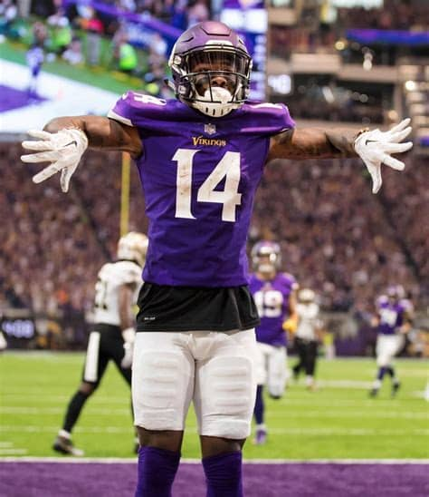 Stefon mar'sean diggs (born november 29, 1993) is an american football wide receiver for the buffalo bills of the national football league (nfl). They told me go get it... and I went and got it @lilbaby_1 ...