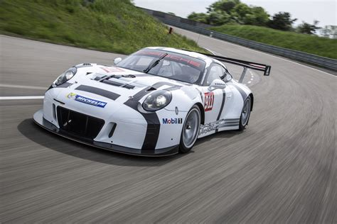 2016 Porsche 911 Gt3 R Race Car Revealed