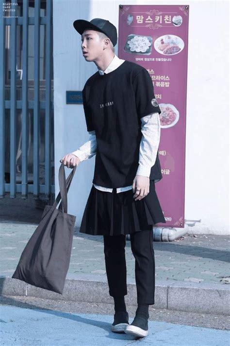 male idols  wear female clothes   females