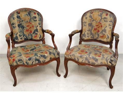 paire fauteuils louis xv noyer sculpt 233 estille meunier armchairs xviii 232