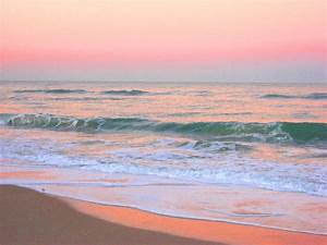 Pastel Ocean Sunrise   A beautiful and calm pastel sunrise ...
