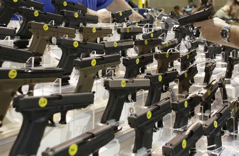 american gun ownership drops  lowest    years
