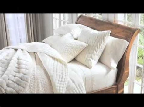 Best Pottery Barn Sheets by White Bedding Styling Tips By Steven Whitehead Pottery