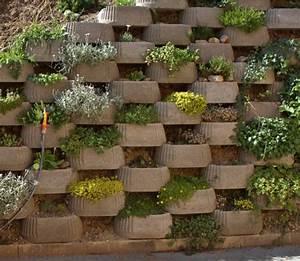 Wall Brick Planters — Umpquavalleyquilters com : Unique