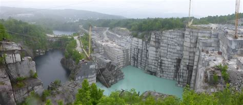 rock of ages granite quarry barre town vermont