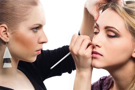 local makeup artist makeup artists dish on common mistakes must products