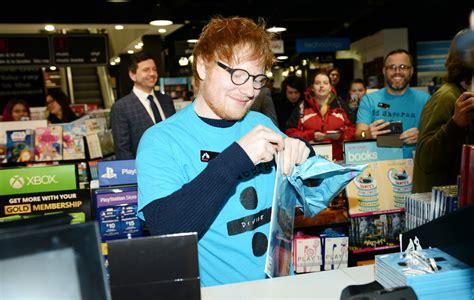 ed sheeran fanshop ed sheeran buys and sells his own album 247 at record store nme