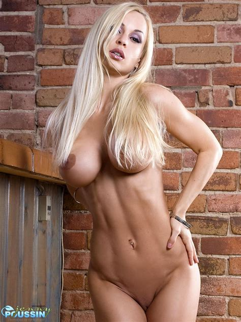 Jenny Poussin Shows Off Her Hot Naked Body Pichunter