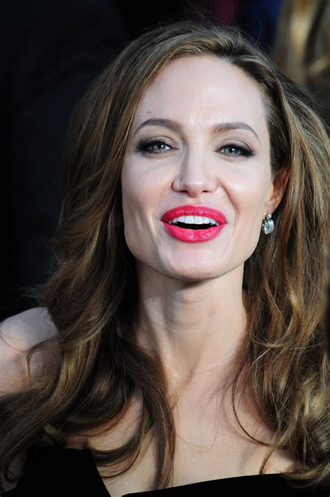 What's the gene that led to Angelina Jolie's double ...