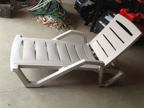 reclining plastic lawn chair east