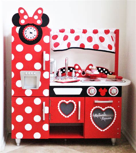 minnie mouse play kitchen the play kitchen every minnie mouse fan needs the