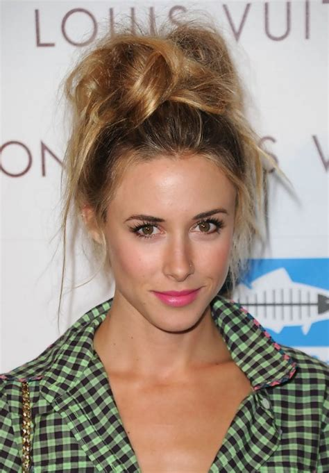 Top Updo Hairstyles by Top Knot Updo For Hair Hairstyles