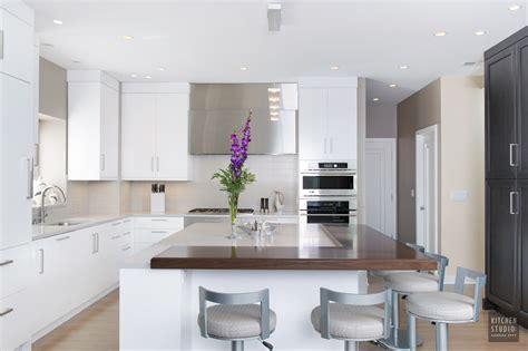 the kitchen design studio clean and crisp kitchen studio kansas city 6064