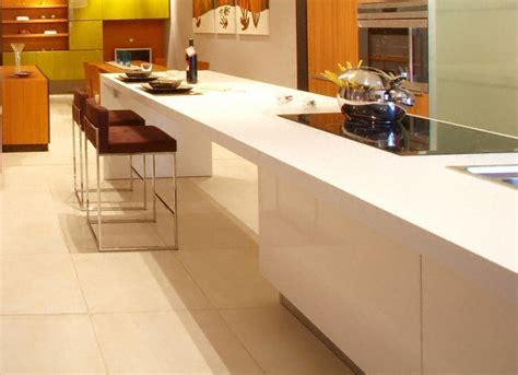 plan de travail cuisine corian cuisine plan de travail en lot de cuisine moderne clair