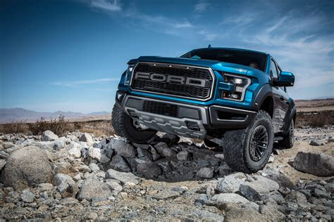 wallpaper ford   raptor supercrew pickup truck