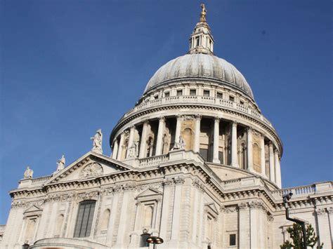 guided city walks  treasure hunts curious  london st pauls lets