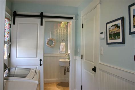 kitchen floor tile pictures 25 best ideas about laundry room bathroom on 4829
