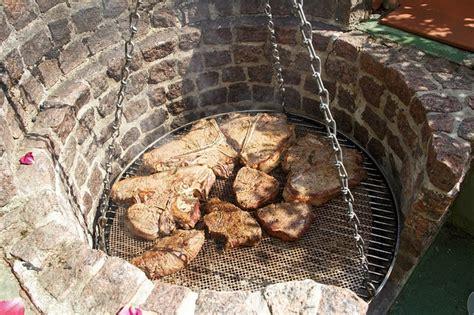 gartengrill grillkamin grill selber mauern mit ziegel oder backsteinen