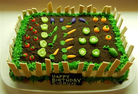 ronnas blog garden cake