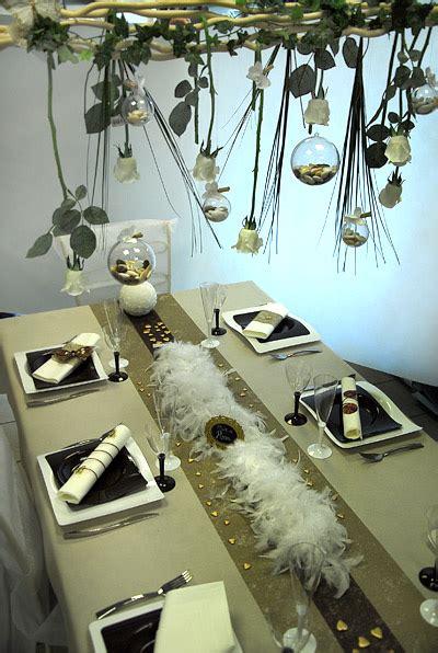 decoration de mariage originale id 233 es de d 233 coration de table de mariage pluie de roses arts eph 233 m 232 res