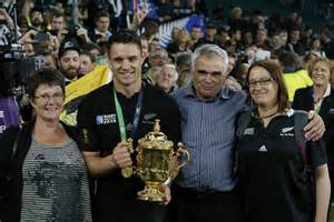 Wife helped Dan Carter stay in the game | Otago Daily ...