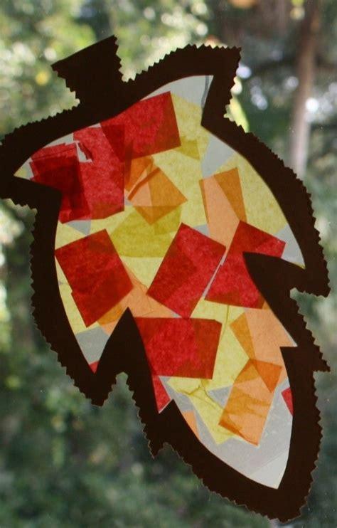 fall craft  toddlers  preschoolers leaf sun catcher