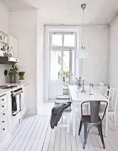 parquet dans une cuisine déco la cuisine dit oui au parquet blanc