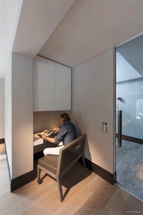 Ultramodern Sleek House With Sharp Lines by Designeer Paul Ultramodern Sleek House With Sharp Lines