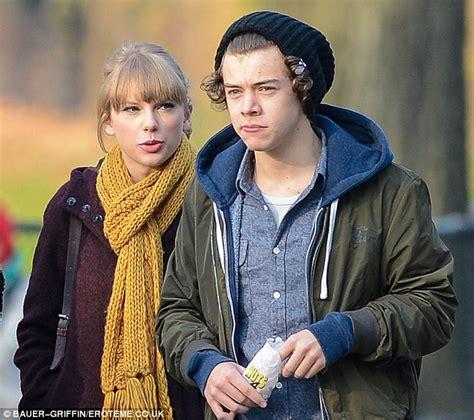 Taylor Swift and 'new boyfriend' Harry Styles enjoy a ...