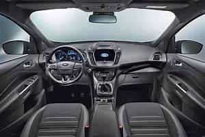 Ford Kuga Neues Modell 2017 : neues facelift f r den ford kuga ~ Kayakingforconservation.com Haus und Dekorationen
