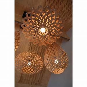 Luminaire Suspension Bois : luminaire en bois naturel koura assembler design co par david trubridge nz vente en ligne ~ Teatrodelosmanantiales.com Idées de Décoration
