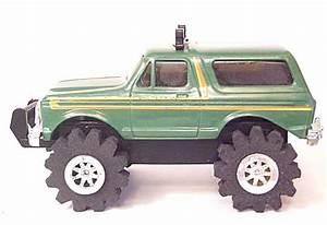 4x4 Truckss  Stomper 4x4 Trucks