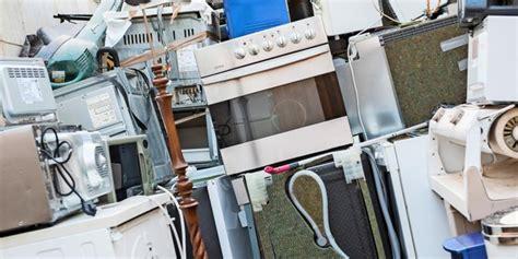 wohin mit büchern ab 1 dezember elektrogro 223 ger 228 te entsorgen wohin mit dem alten k 252 hlschrank