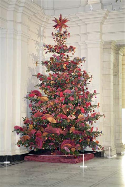 christmas tree installation by kaffe fassett victoria