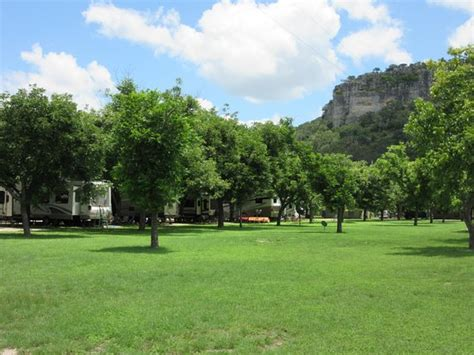 seven bluff cabins seven bluff cabins on the frio updated 2018 cground