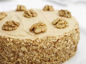 Coffee walnut fudge cake - Saga