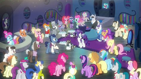 Manehattan Ponies Pleased With The Grand Opening