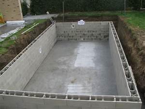 Prix Piscine Beton : construire une piscine en beton prix jardin piscine et ~ Nature-et-papiers.com Idées de Décoration