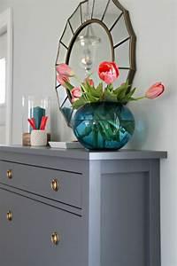 Meubles De Salon En Bois : comment repeindre un meuble une nouvelle apparence ~ Teatrodelosmanantiales.com Idées de Décoration