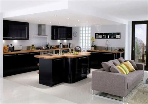 photo cuisine exterieure jardin cuisine et bois avec ilot revetement en bois ideeco