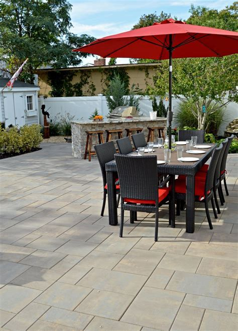 Outdoor Kitchens & Built In BBQs in Long Island, NY