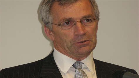 Mayor of Calais Natacha Bouchart threatens to block port ...