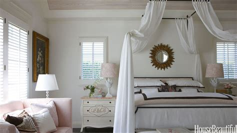 Romantic Bedrooms  Design Style